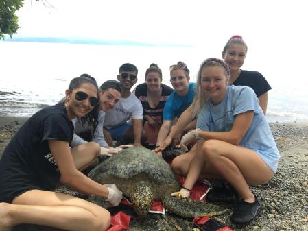 Students on Costa Rica trip