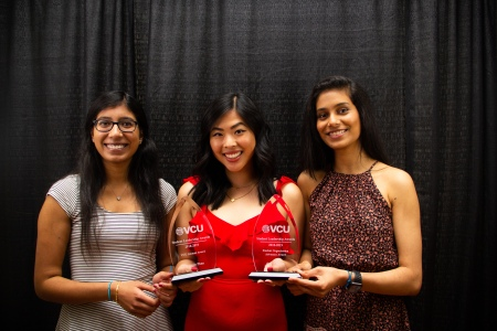 Award winners posing with their Student Leadership Award